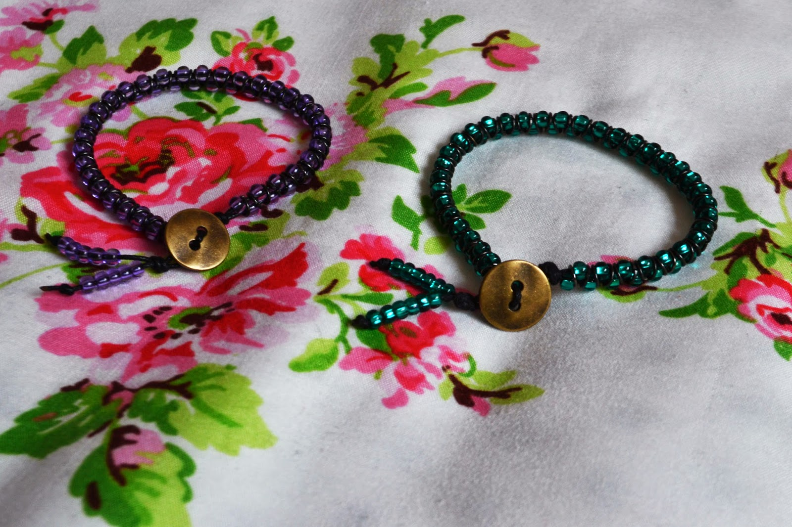 COMPLETED PURPLE AND GREEN BEAD BRACELETS