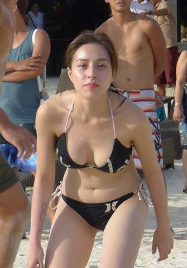 Sexy nackte cristine reyes Pussy