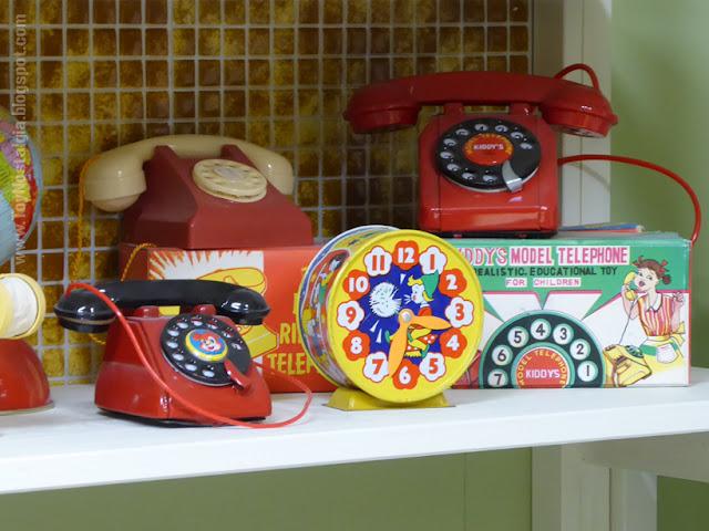 Toy Shop Museun Grundarfjördur Iceland Emil Kaffi Toy Telephones