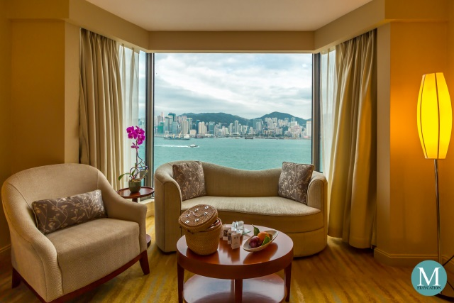 Deluxe Harbour View Room at Kowloon Shangri-La, Hong Kong