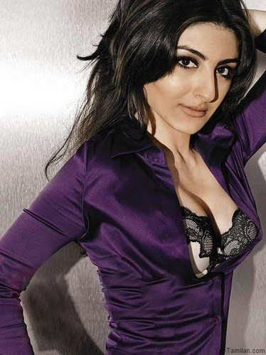 Soha-Ali-Khan-Hot-Bikini-Pictures-Spicy-Photos