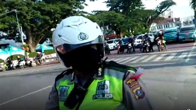 Viral Warga Medan Tegur Petugas Satlantas yang Melanggar Lalin