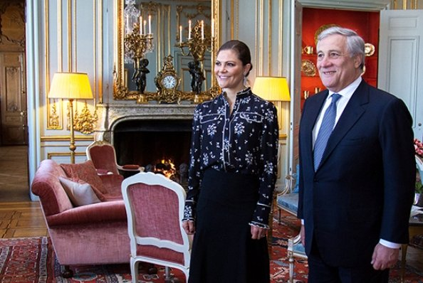 Crown Princess Victoria wore Erdem x H&M printed blouse from Erdem x H&M Collection at Stockholm Royal Palace