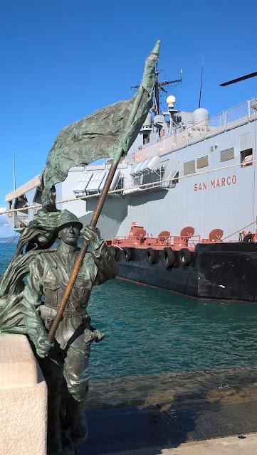 Trieste monumento bersagliere