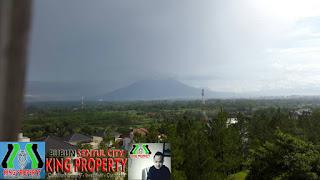 Rp.2.8 Milyar Dijual Cepat Rumah VIEW Paling Top Lokasi Depan Green Area Di Sentul City (code:252)