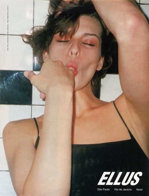 Ousada campanha do Jeans Ellus apresentada em 1998.