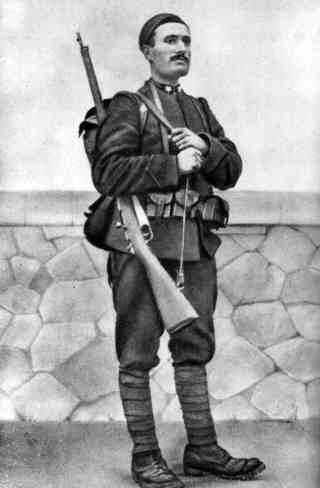Photo datant de 1917, Mussolini en soldat