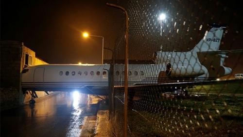 Máy bay đâm vào tòa nhà ở Malta sau khi bị gió mạnh thổi từ bãi đỗ ở Malta