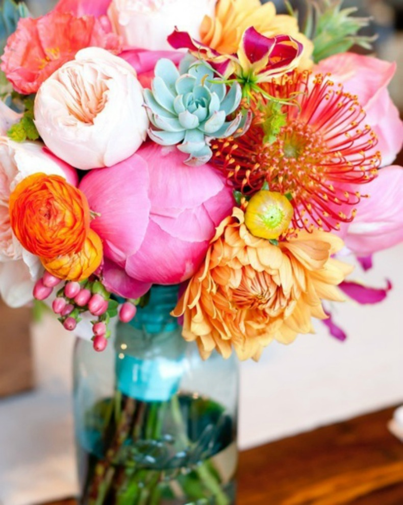 Bright flowers to brighten any coastal space