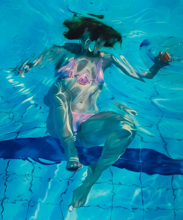 02-Sarah-Harvey-Self-Portraits-of-Realistic-Underwater-Paintings-www-designstack-co