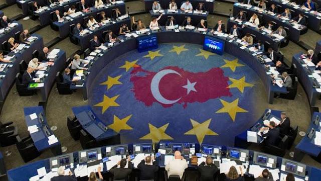 ΚΑΤΑΓΓΕΛΙΑ που ΣΟΚΑΡΕΙ! «Τουρκικά» τα νησιά μας σε χάρτες στο Ευρωκοινοβούλιο! Τα ξεπούλησαν όλα!