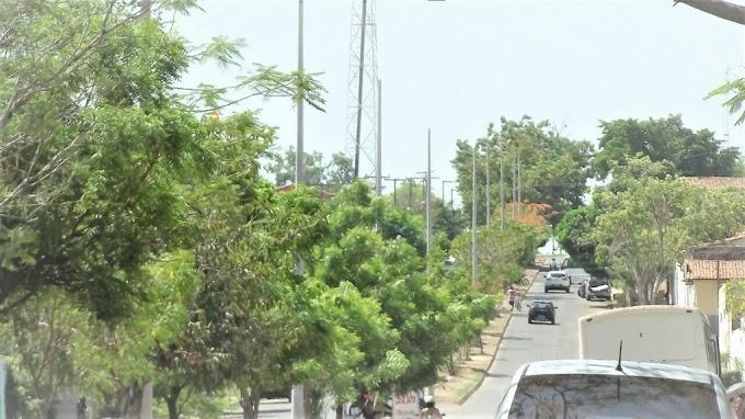 Prefeitura inicia trabalho para implantação de Iluminação em LED na Av. Alvorada no Mutirão
