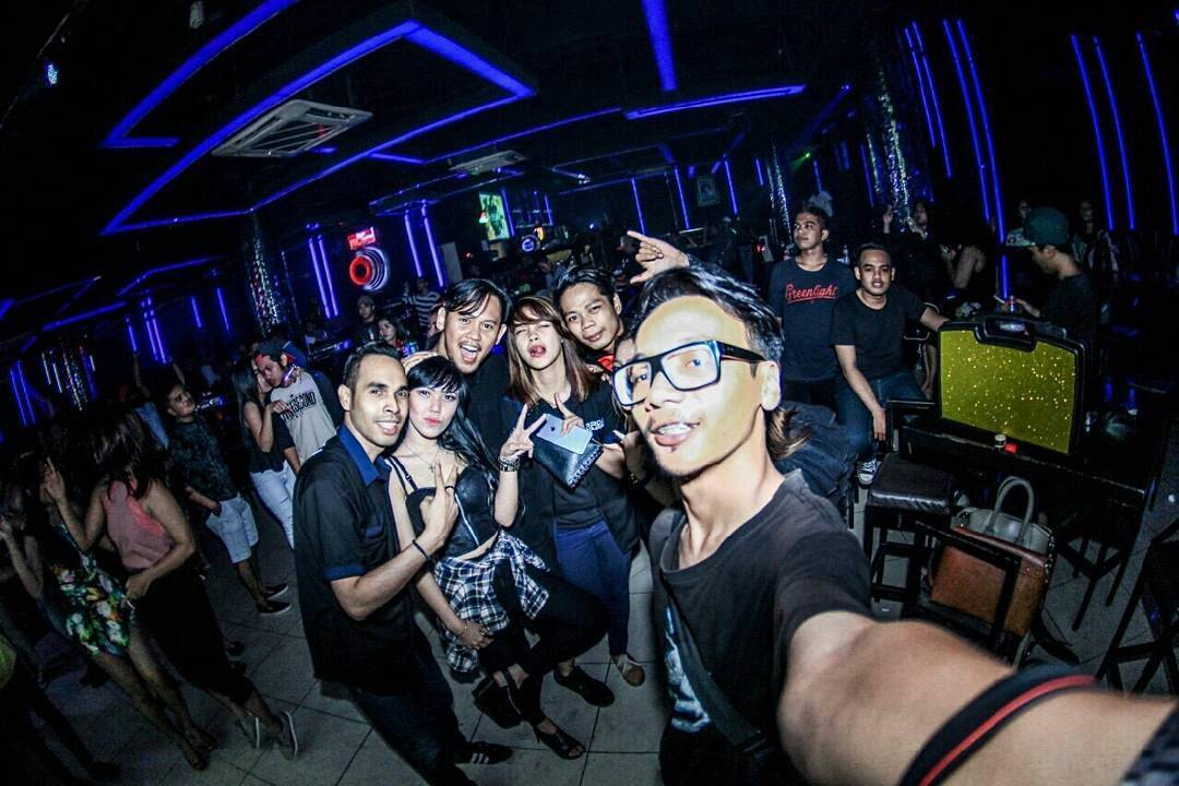 Indonesian Girl Selfie