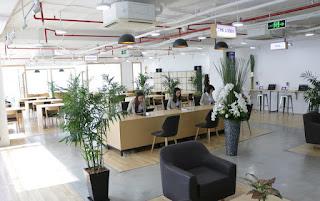 Sử dụng kính làm vật liệu khi thiết kế nội thất văn phòng