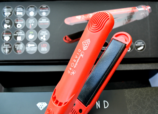 Irresistible Me Diamond Hair Straightner | Review