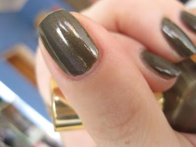 Metallic Sage Nail Lacquer