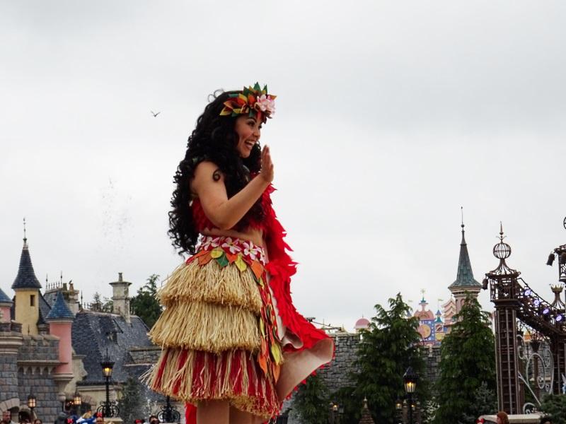 Vaiana danse à la parade