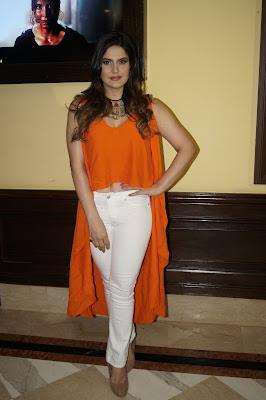 Hot Zarine Khan set to rock the screen with Aksar 2