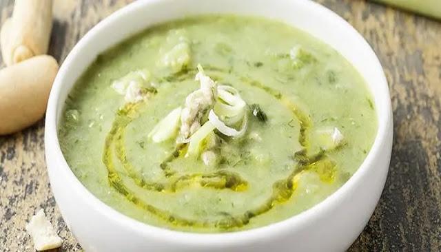 sopa de verduras verde