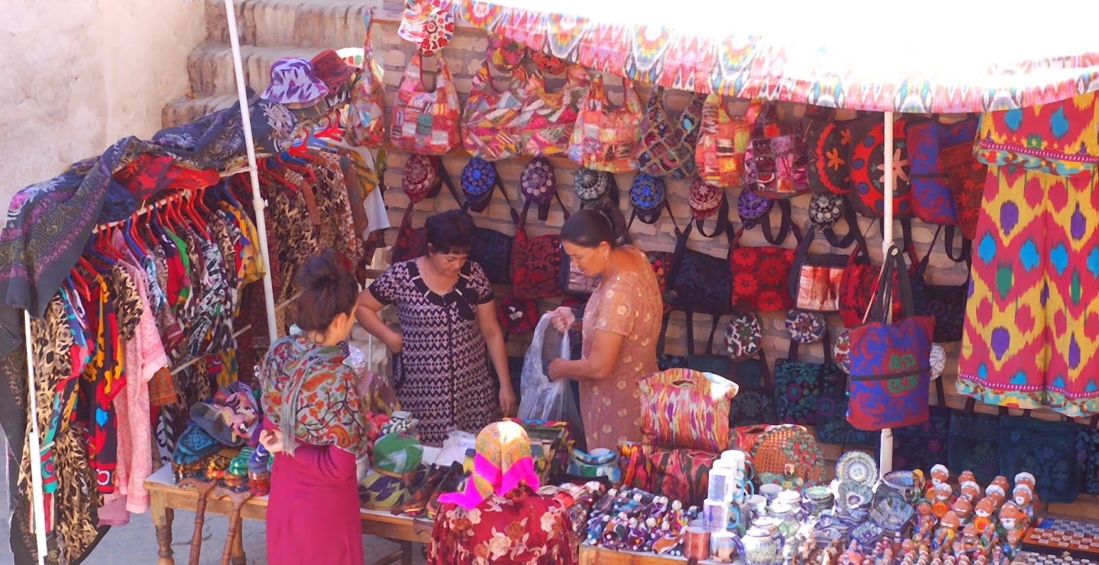 Marché de Khiva OUzbékistan - Le Chameau Bleu Blog Voyage Ouzbékistan -