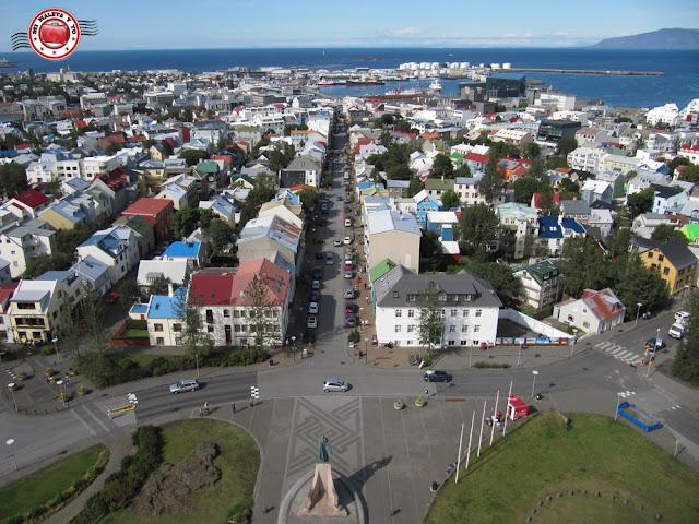 Vistas desde la torre de Hallgrímskirkja en Reykjavík
