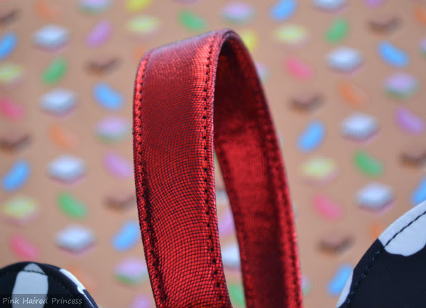 red metallic handle