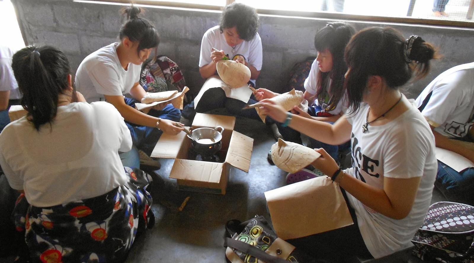 Wsata edukasi Jogja taman batik untuk cewek cantik mahasiswi seksi Jogja belajar bikin batik