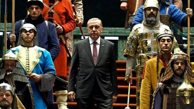 """Οι Γάλλοι """"ξεγυμνώνουν"""" τον Ερντογάν και την προπαγάνδα για Οθωμανική Αυτοκρατορία"""