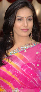 Pooja Gandhi hot, family, movies, marriage photos, images, videos, age, ayyappa, sister, hot videos, latest news