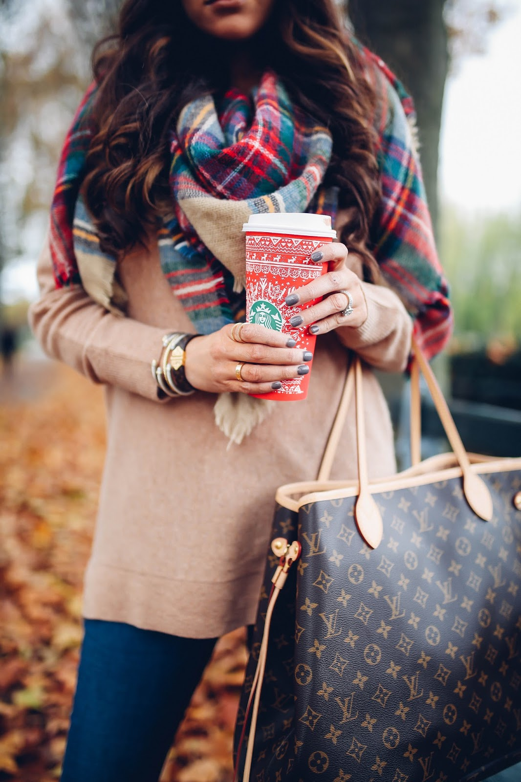 a322b466f9c BEST of Black Friday Sales + Louis Vuitton Neverfull Giveaway | The ...