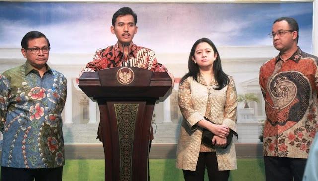 Asrorun Niam (di podium), Ketua Komisi Perlindungan Anak Indonesia (KPAI)