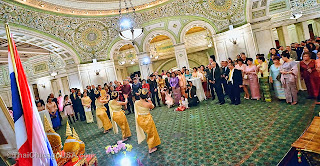 http://www.thaichicagousa.com/2013/12/celebration-of-kings-86th-birthday-at.html