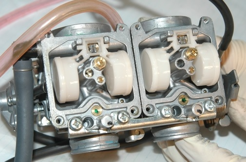 Tips Membersihkan karburator