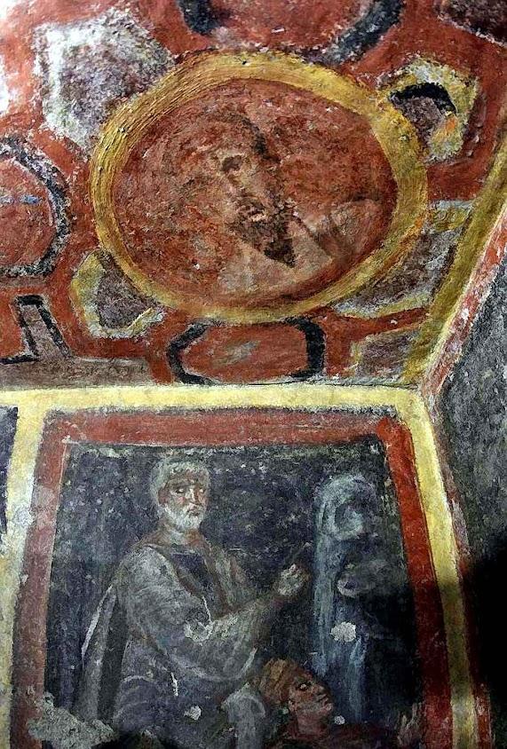 São Paulo no medalhão Embaixo Abraão e Issac.  Túmulo de uma aristocrática dama romana anexo à catacumba de Santa Tecla, Roma