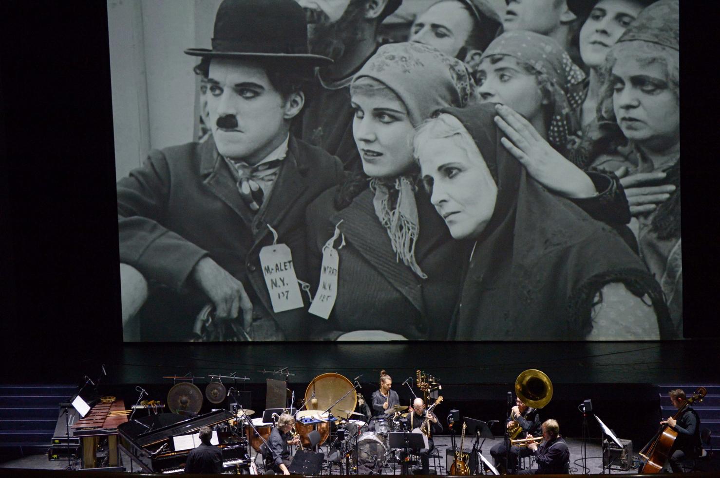 Anhanger Mit Band Zur Hochzeit Mohn Amour