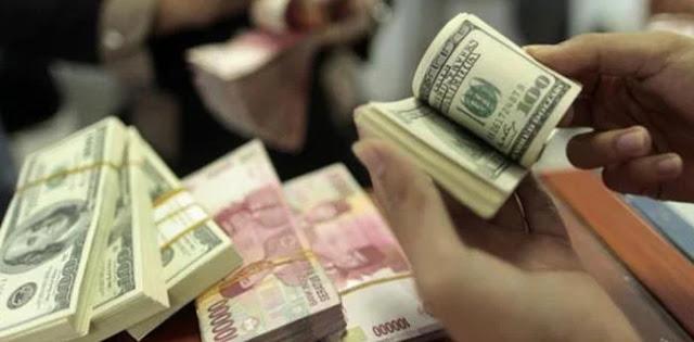 Dolar Tembus Rp 15.000, Jokowi Perlu Pertimbangkan Reshuffle Menteri