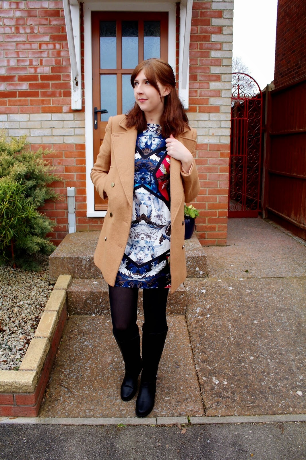 asos, asseenonme, halcyonvelvet, ootd, outfitoftheday, lotd, lookoftheday, wiw, whatimwearing, primark, kneehighboots, graphicprintdress, tshirtdress, fbloggers, fashion, fashionbloggers, camelcoat, fashionblogger, fblogger