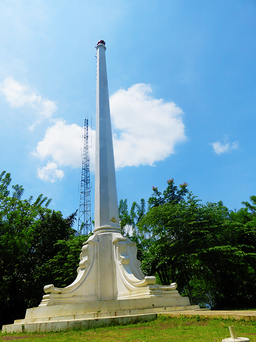 Monumen Akademi Militer