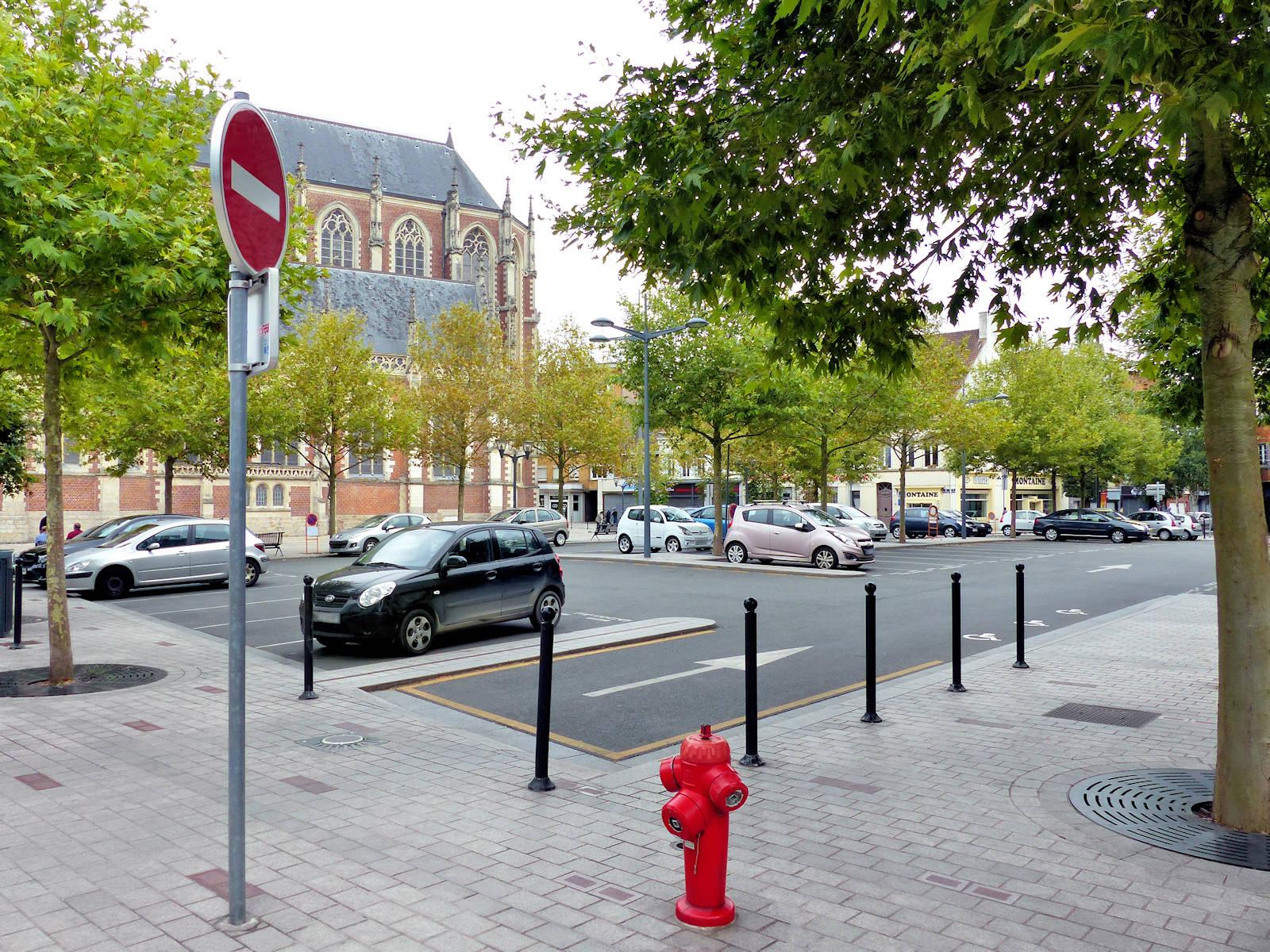 Parking Tourcoing Résistance - Accès promenade Fraternité