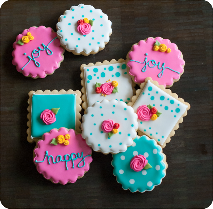 happy happy decorated cookies ♥ decorating with royal icing