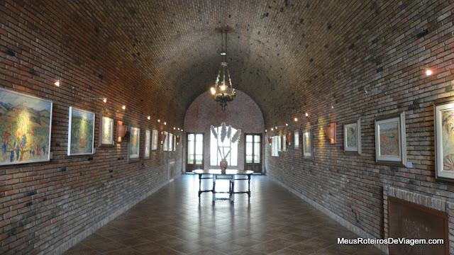 Galeria de arte da vinícola Villa Francioni - São Joaquim/SC