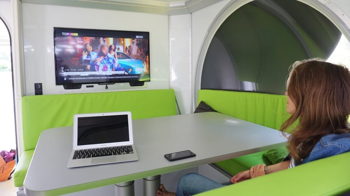 02-Dining-Room-and-TV-Fillon-Technologies-Tiny-Home-360-Degrees-see-Video-www-designstack-co