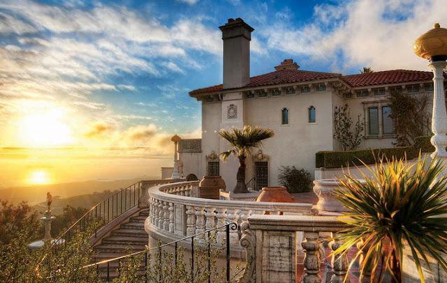 Hearst Castle, San Simeon, California, Amerika Serikat