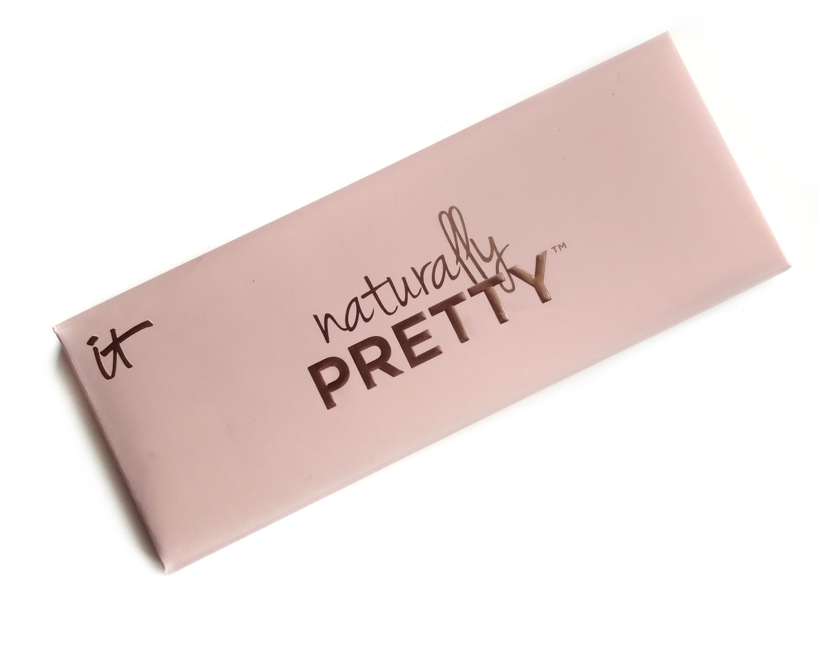 it cosmetics naturally pretty palette
