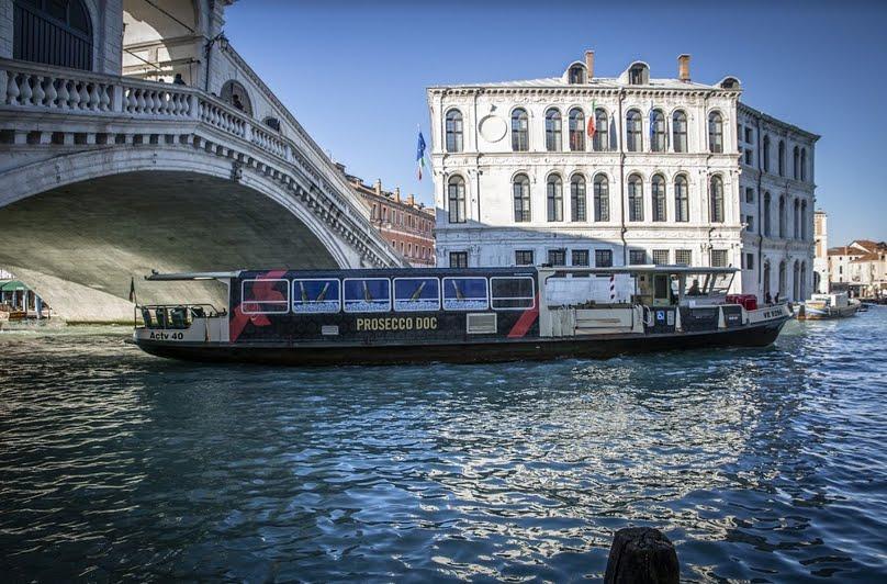 Auguri di Buon Anno da Venezia con il Prosecco DOC