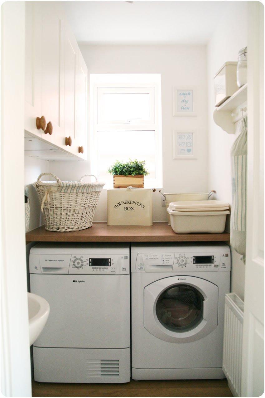 Countrykitty: My teeny tiny laundry room