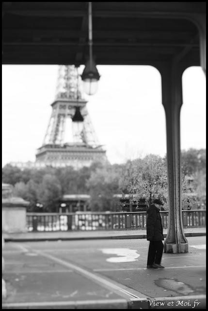 vue sur la tour Eiffel depuis pont Bir-Hakeim