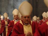 Ditugaskan Mencari Kelemahan Al-Qur'an, Pastur Lulusan Vatikan Ini Justru Memutuskan Memeluk Islam