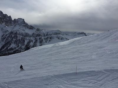 Skiing on Passo San Pellegrino