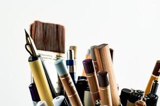 penne e matite per scrivere